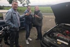Einweihung von Nina's Opel Vectra auf der Party...Toll!