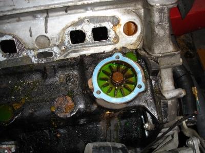 TR7 US Cabrio Wasserpumpen Demontage